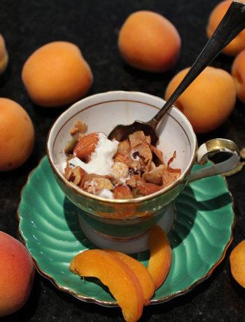 apricot cardamom granola