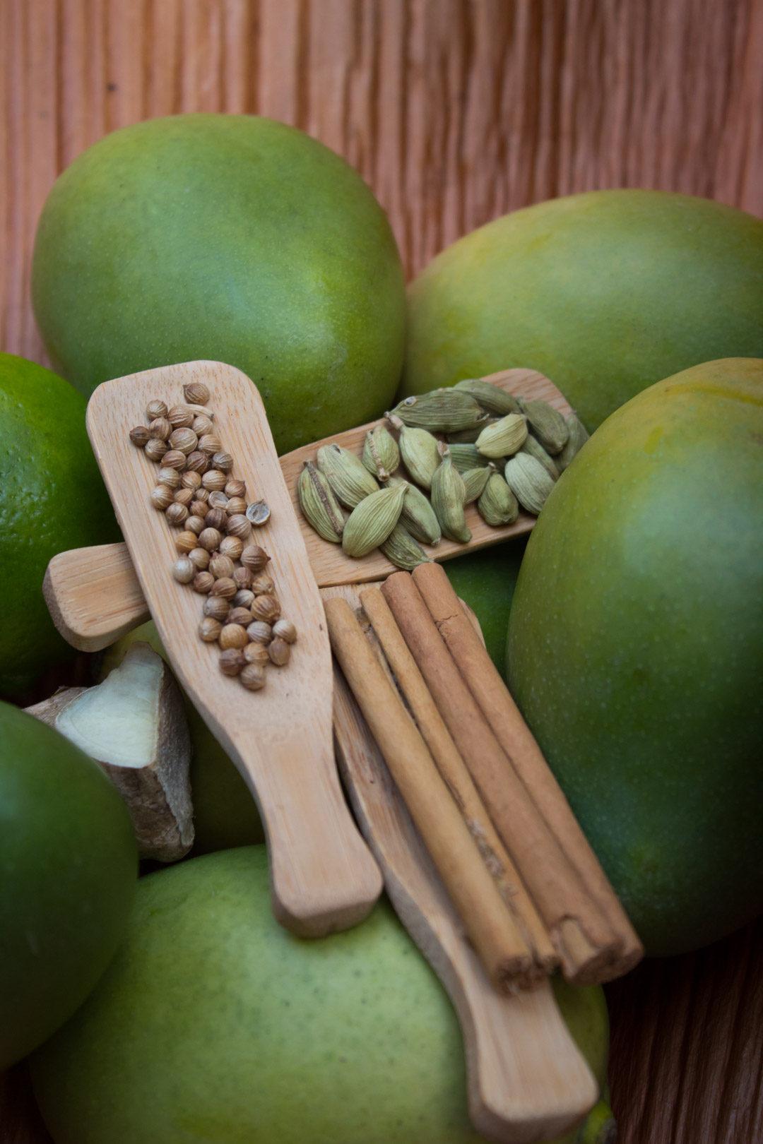 green mango pickle ingredients vertical