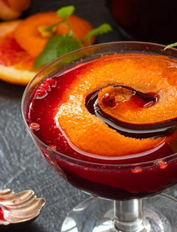 making mulberry shrub cocktail