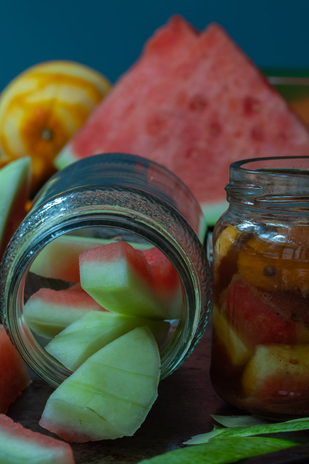 Quick watermelon rind pickle with cinnamon and chili: making pickles