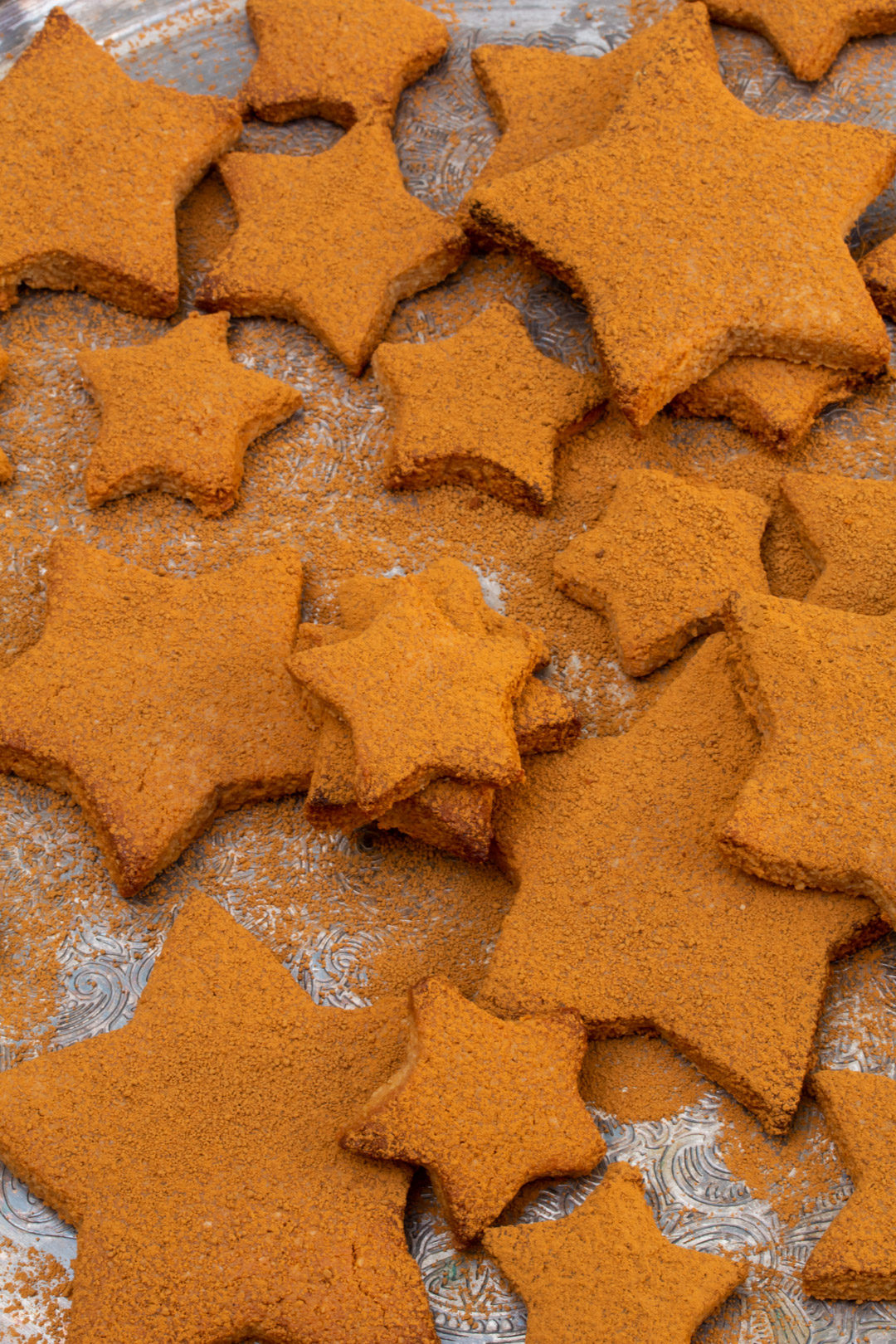 honey cinnamon stars biscuits from above