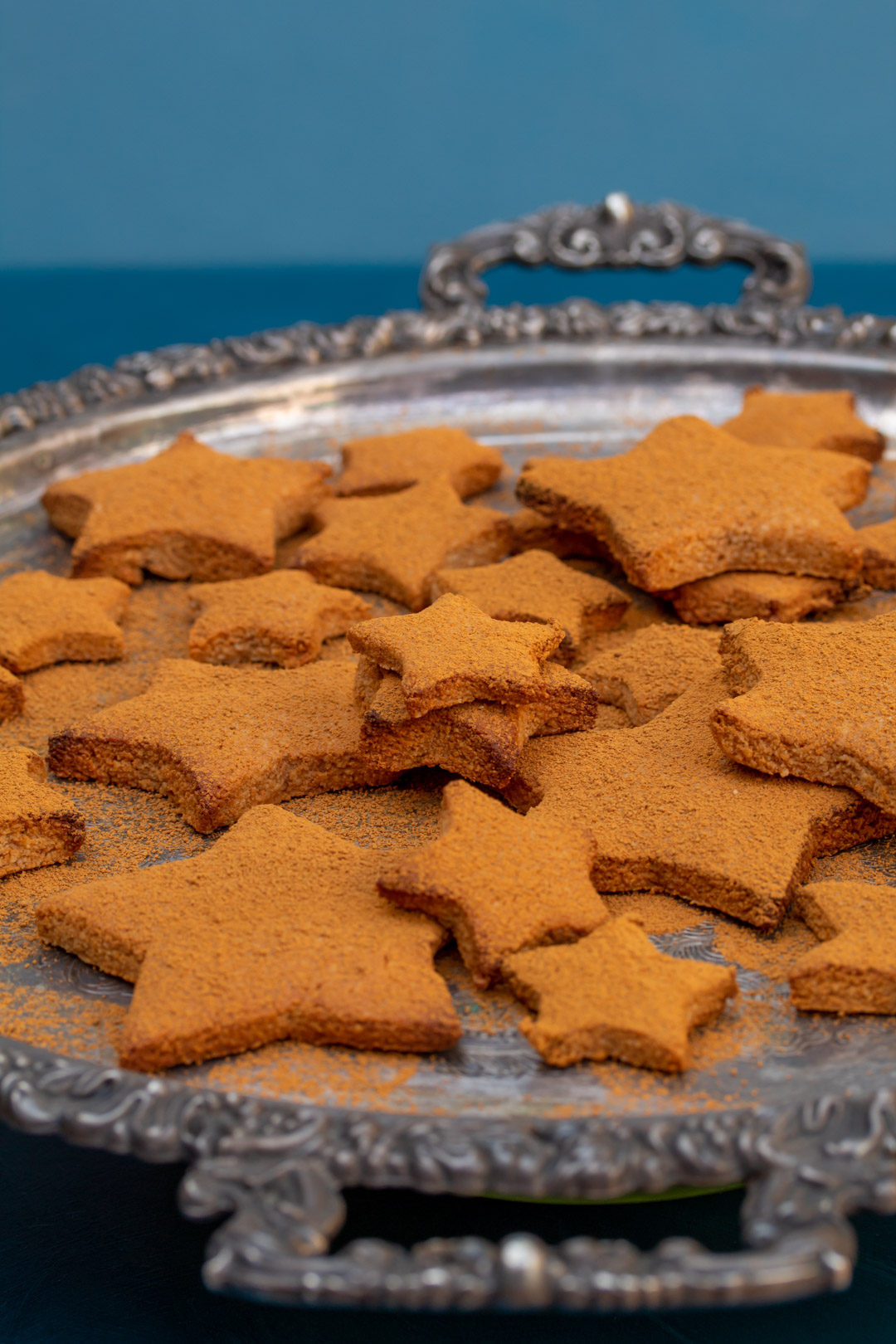 honey cinnamon stars biscuits
