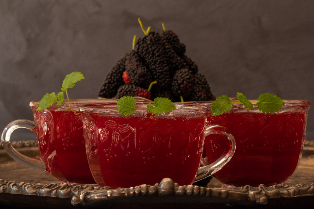 spiced mulberry shrub